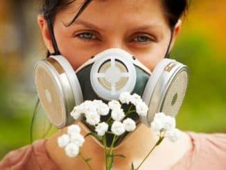 как распознать аллергический насморк