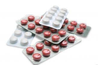 medikamentoznoe-lechenie-detej-do-goda