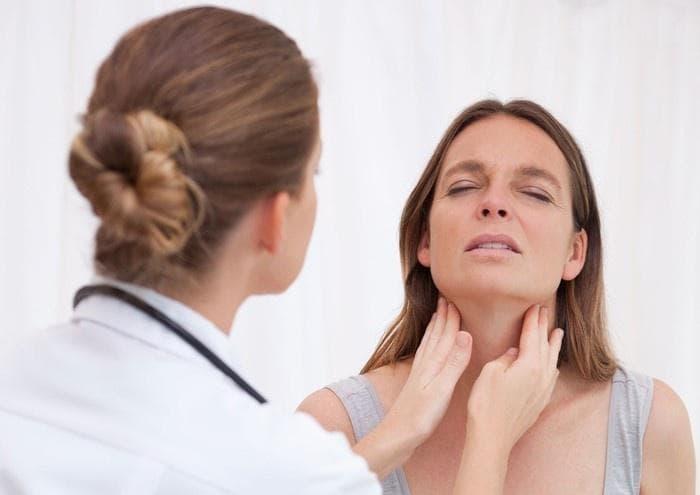 Тонзиллит у взрослых: как лечить и предупредить?