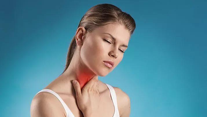 Ангина — это вирусное или бактериальное заболевание: как отличить